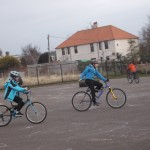 Brodie showing one hand cycling