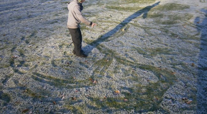 Primary 4 make 'Om' symbols in the frost.