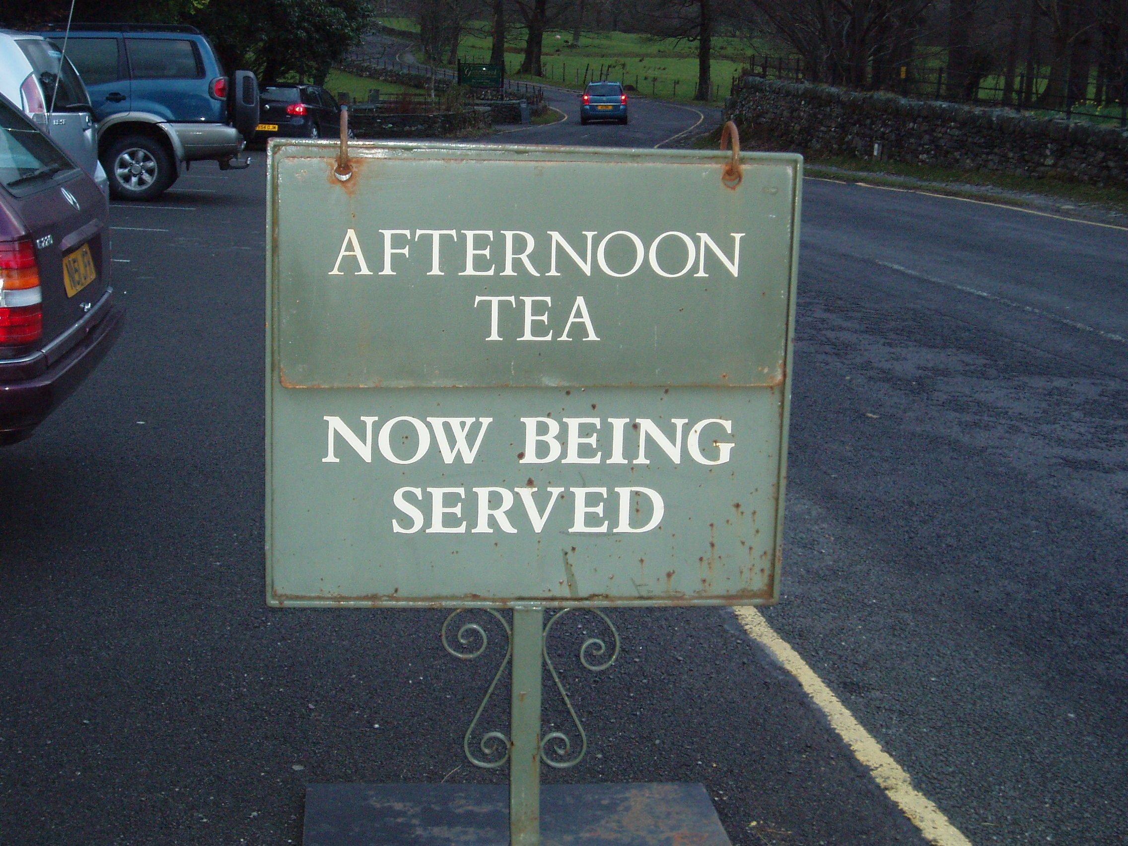 Borrowdale Hotel sign.JPG