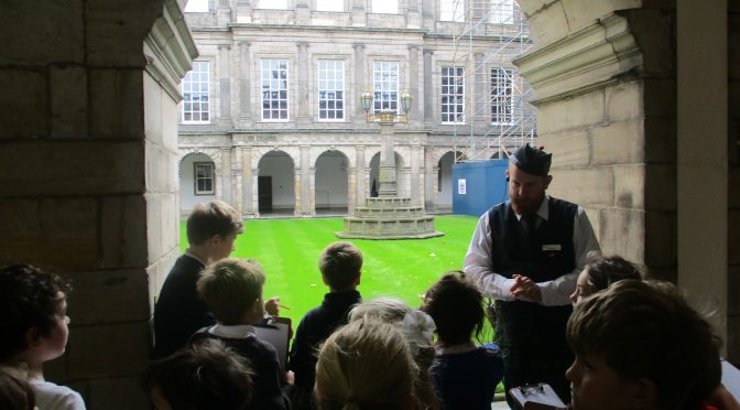 P4/5 visit to the Palace of Holyroodhouse