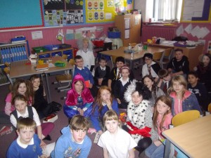 P4/5 had a rather unusual teacher today? Can you see Mrs Clarke?